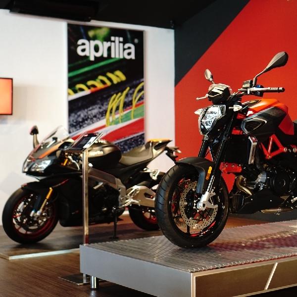 Melihat Langsung Aprilia RSV4 RR Race Pack di Gaia Moto   Antasari