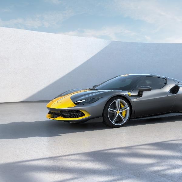 Berubah Haluan, Ferrari Berencana Produksi EV