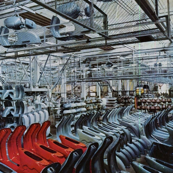 Sejarah Vespa, Dari Industri Penerbangan Menjadi Kendaraan Roda Dua Ternama [Part 2]