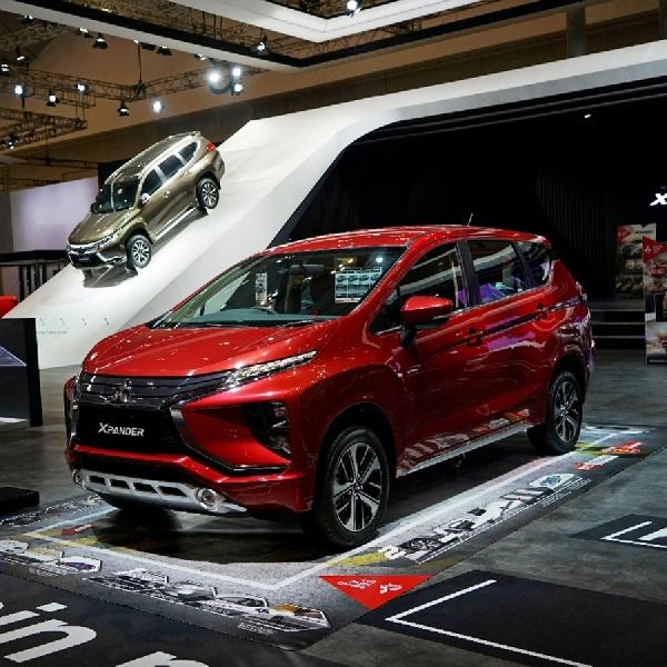 Debut Mitsubishi Expander di GIIAS Surabaya 2017