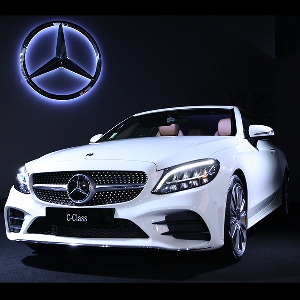 The new C-Class Cabriolet, Persembahan 50 Tahun Mercedes Benz di Indonesia