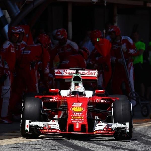 F1: Alain Prost Desak Ferrari Agar tetap lebih Tenang