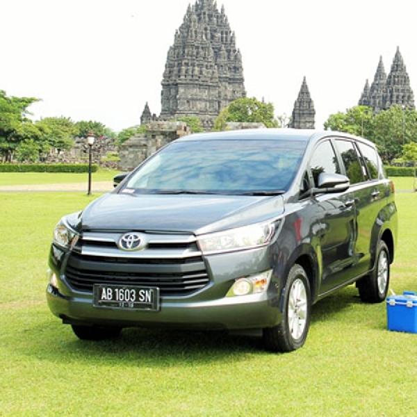 Toyota Kijang Innova Raih Penghargaan Reader's Choice Award 2018