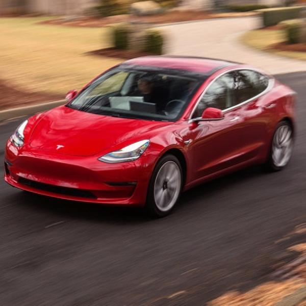 Tesla Kirim Model 3 Performance dan Dual Motor ke Diler-Diler AS