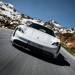 Pasar Asia Pertama Porsche Drive Ada Disini