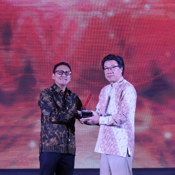 Honda Forza Raih Penghargaan Rookie of The Year