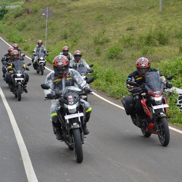 GSX150 Bandit Touring Teman Satu Tujuan Sukses Pecahkan Target 1000 KM