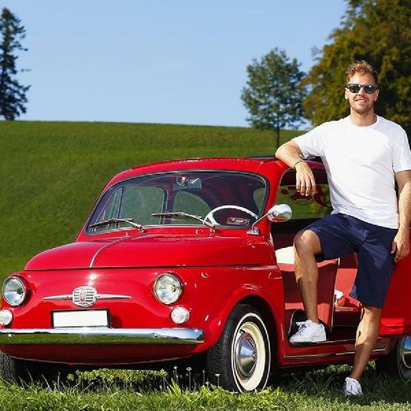 7 Mobil Keren (Plus 3 Motor) Koleksi Sang Juara F1 Sebastian Vettel