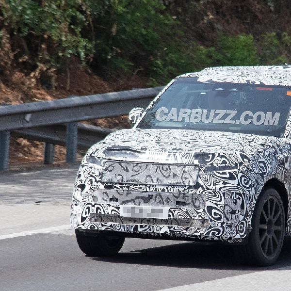 Tampilan Perdana Range Rover New SVR Berperforma Tinggi