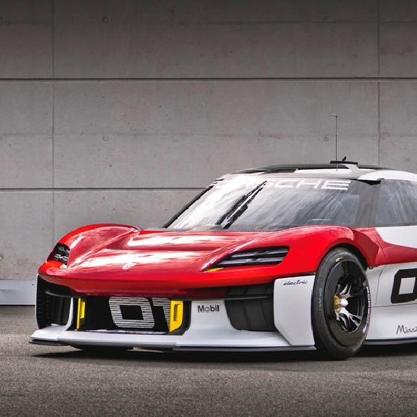 Porsche Mission R Akan Menginspirasi Model Next-Gen 718
