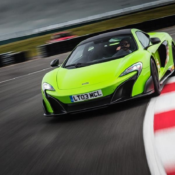 Rayakan Satu Dekade, McLaren Hadirkan Parade Supercar Epik