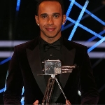 Hamilton Lontarkan Permintaan Maaf Atas Pernyataannya