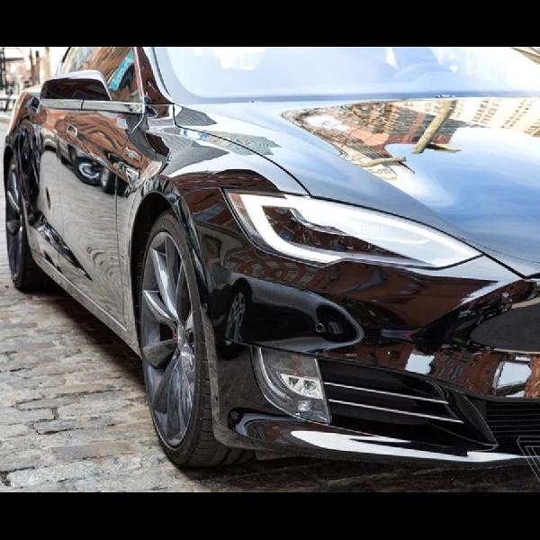 Bila Fitur Full Autonomous Masih Bermasalah, Tesla Siapkan Upgrade Gratis