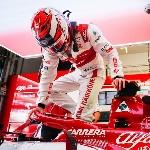 F1: Alfa Romeo Belum Kompetitif, Kimi Raikkonen Bahas Soal Masa Depan