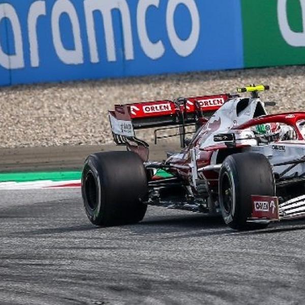 F1: Alfa Romeo dan Aston Martin Luncurkan Livery Spesial Untuk Grand Prix F1 Italia