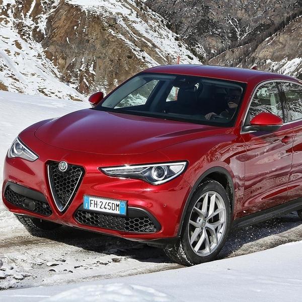 Alfa Romeo Stelvio Quadrifoglio akan dikenalkan Akhir April 2017