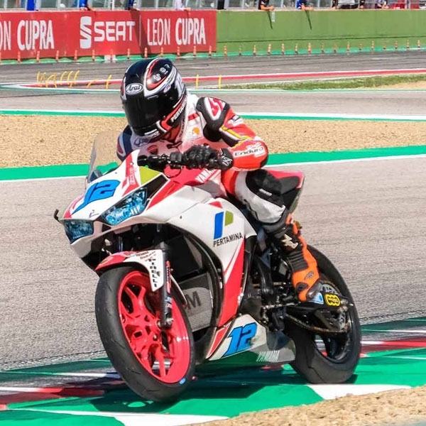 Ali Adriansyah Target Podium di World Supersport 300