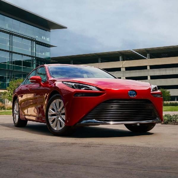 All-New Toyota Mirai 2021 Dijual Di AS Bulan Desember Dengan Dua Mesin
