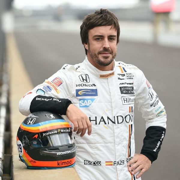 Beruntung, Bocah Ini Berhasil Bertemu Fernando Alonso