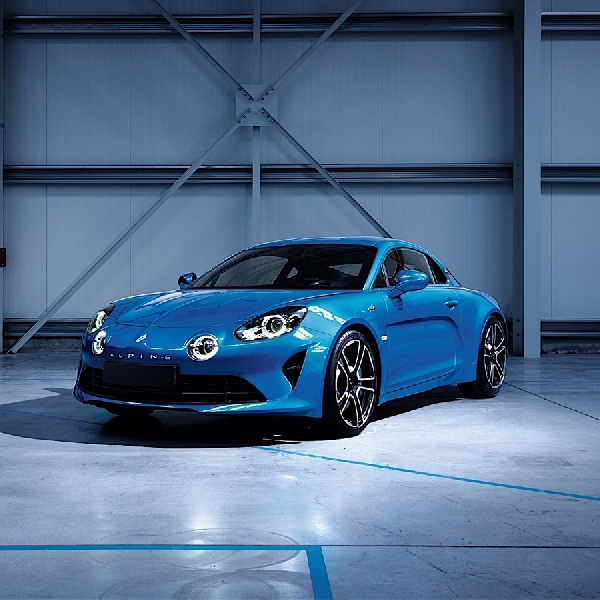 New Alpine A110 2017 Sports Car Bergaya Retro