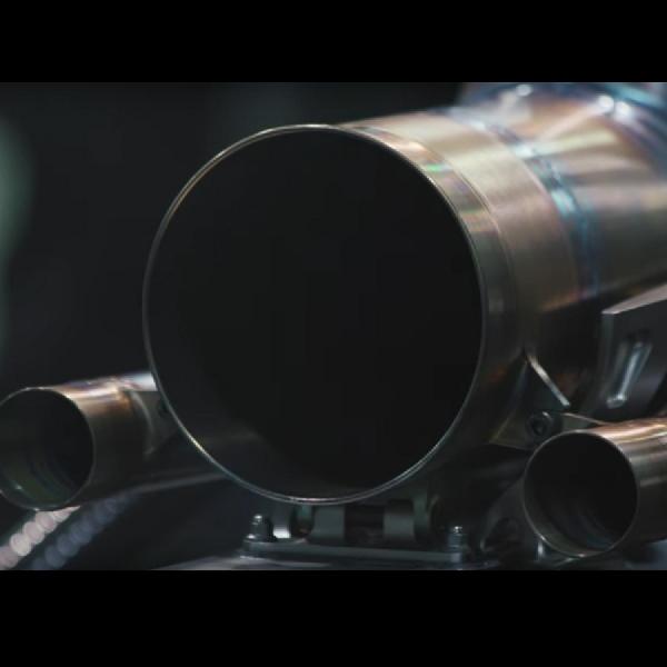 Dengarkan Suara Mobil F1 2018 Lewis Hamilton