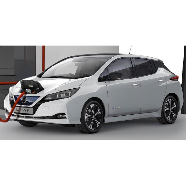 Nissan Dapuk Leaf Jadi Taksi Listrik di Indonesia?