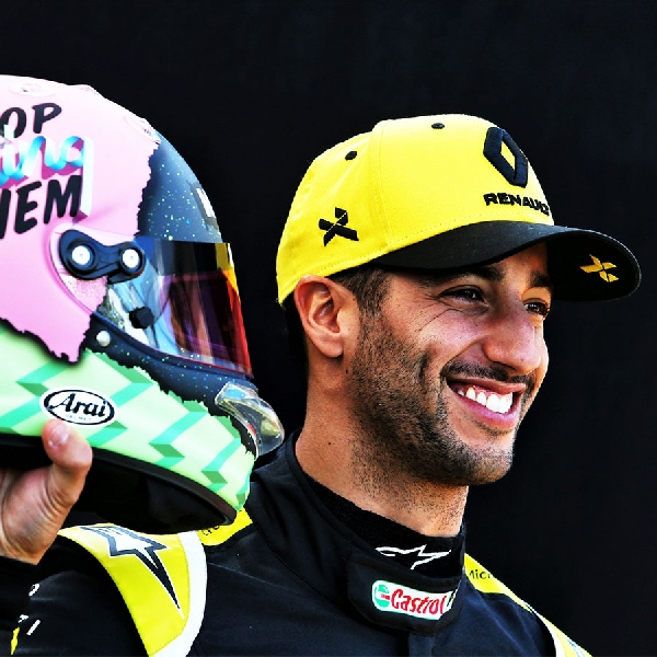 Daniel Ricciardo Tanggapi Kesulitan Fernando Alonso di Indy 500