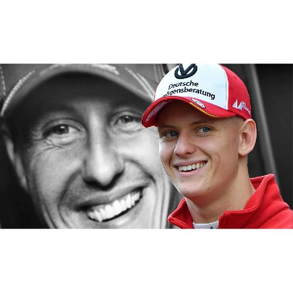 Pimpinan Tim Ferrari Sebut Kemiripan Schumacher Jr Dengan Sang Ayah