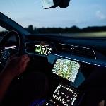 Asisten Cerdas Pengemudi Kendaraan Listrik: Audi e-tron Route Planner