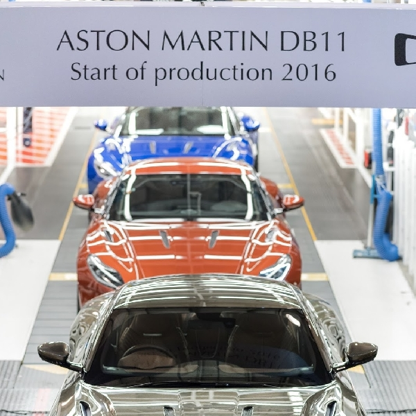 Aston Martin DB11 Mulai Diproduksi di Gaydon Factory