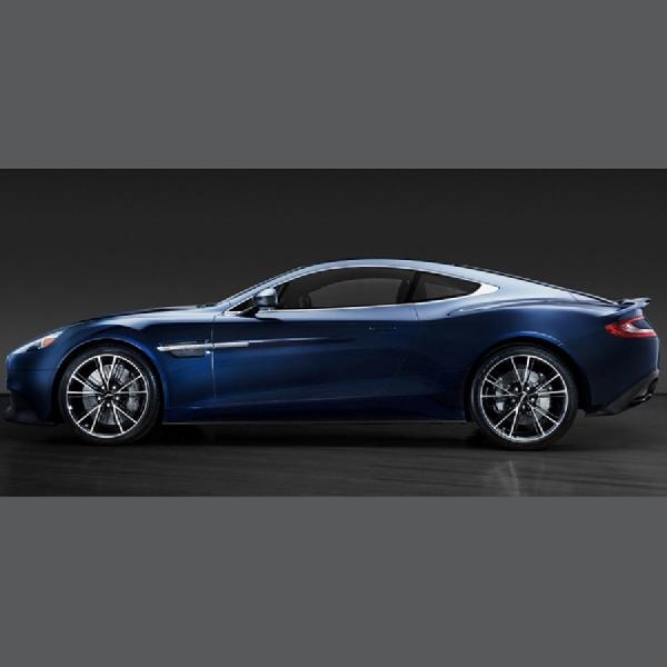Aston Martin Vanquish Milik Daniel Craig Dilelang  Rp5,4 miliar