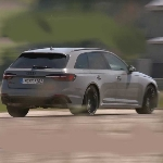 Kecepatan Audi RS4 Avant 2020 di Lintasan Lebih Unggul Dibanding Aston Martin DB11