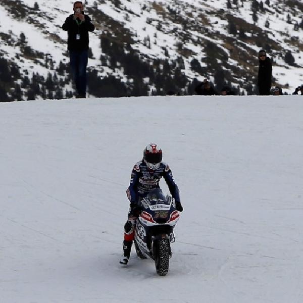 MotoGP: Avintia Perkenalkan Motor di Lereng Salju