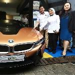 BMW Indonesia Dukung Pengembangan Ekosistem Kendaraan Listrik bersama Pertamina Green Energy Station