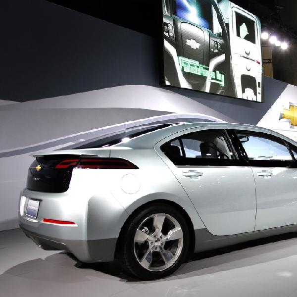 Diklaim Bahan Bakar Lebih Irit, Chevrolet Volt Siap Gerus Pesaingnya