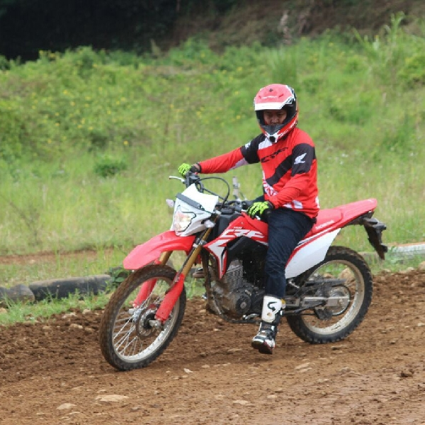 Wahana Honda Latih Media Dengan Safety Riding Honda CRF150L