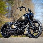 Modifikasi Harley Davidson Soft Tail Bergaya Bobber