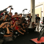 Puluhan Fotografer Surabaya Adu Jago di Kontes BlackSHOT Challenge POS 2015