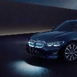 BMW Seri 3 Gran Limousine Iconic Edition Hadir Dengan Grill Bersinar