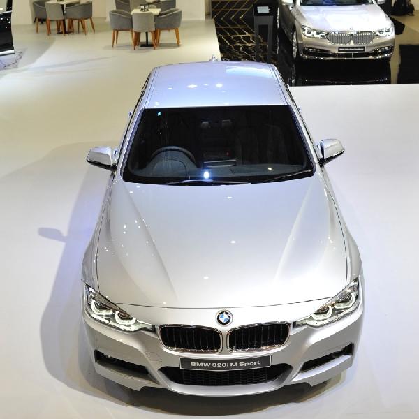 BMW 320i M Sport Alcantara Edition Mejeng di IIMS 2016