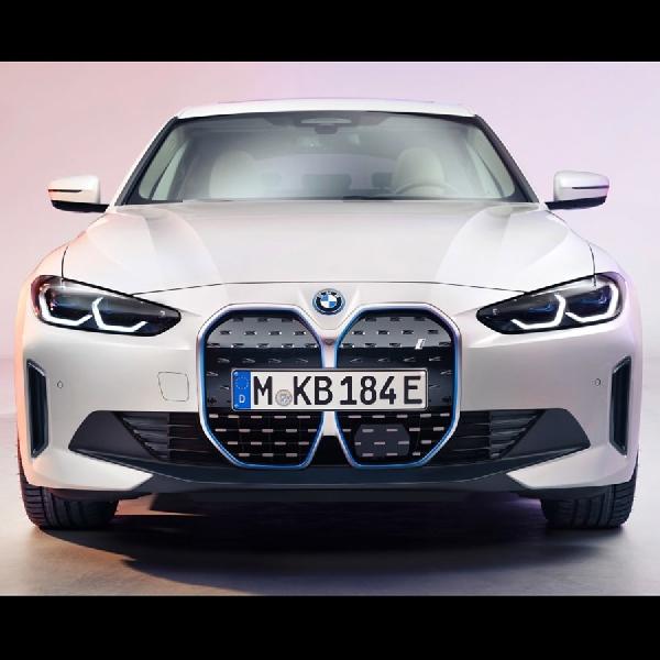 Sedan Sport BMW i4 Diluncurkan Jangkauannya 600 km