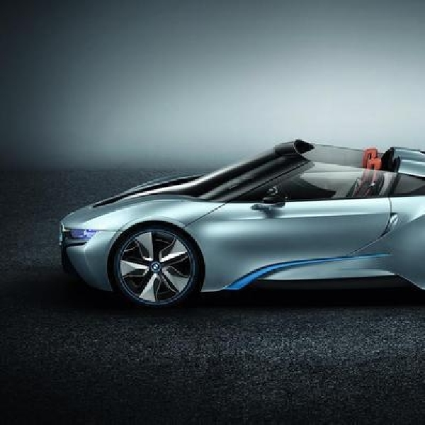 BMW i8 Spyder Terbaru Meluncur di CES 2016