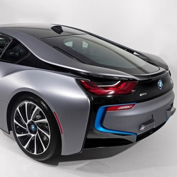 BMW i8 Usung Mesin Listrik?