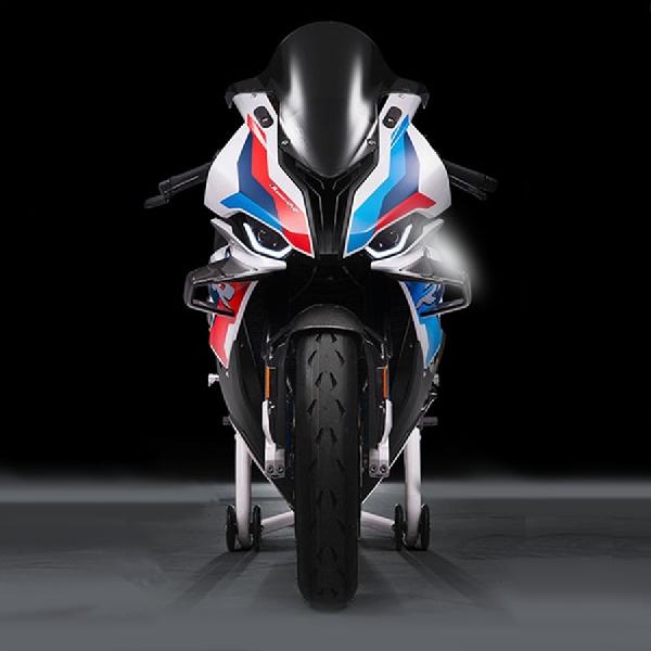BMW Motorrad M1000RR 2020, Dengan Performa Balap