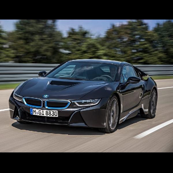 BMW Rencanakan Baterai Lithium Ion Baru untuk 2026