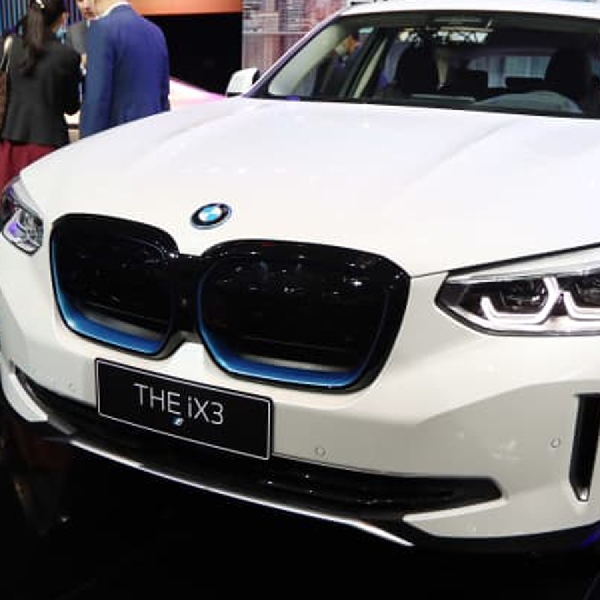 BMW Potong Harga SUV listrik Buatan China Sebesar 10 Ribu Dolar