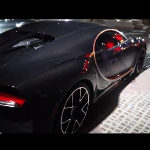 Bugatti Chiron Sport Terkuak Berkumpul di Beverly Hills Mansion