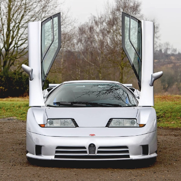 Bugatti EB110 SS Yang Langka Ini Akan Dilelang