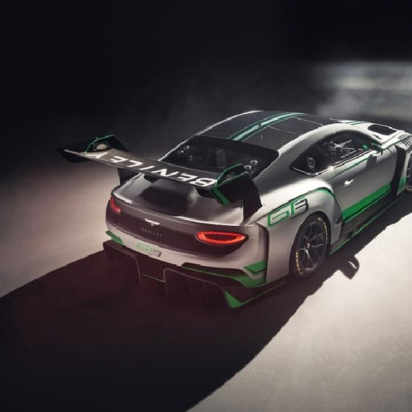 Sosok New Bentley Continental GT3 Racer Terkuak, Bakal Debut Balap di Monza