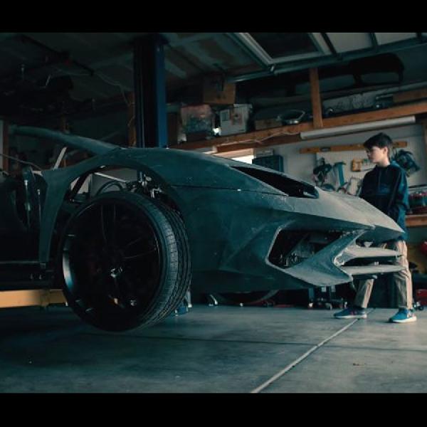 2 Tahun Bikin Aventador Replika, Inilah Kado  Natal Terindah Bagi Xander Backus